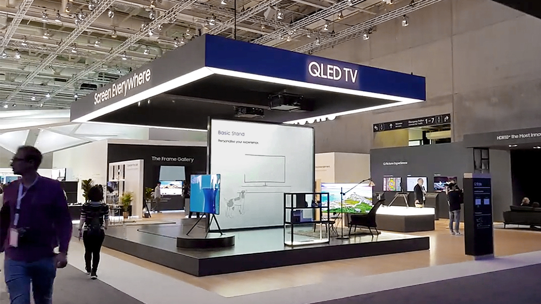 Samsung-IFA-2017-Booth-Tour-Hallenrundgang-QLED-TV-Galaxy-Note-8-QLED-monitors-4K-UHD-0000046070ms.jpg