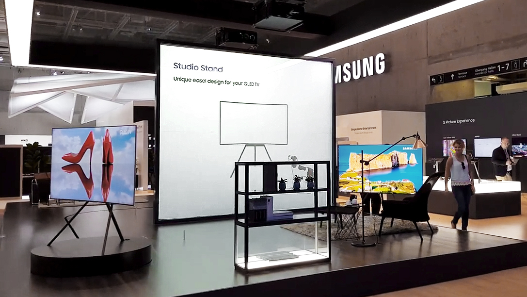 Samsung-IFA-2017-Booth-Tour-Hallenrundgang-QLED-TV-Galaxy-Note-8-QLED-monitors-4K-UHD-0000051741ms.jpg